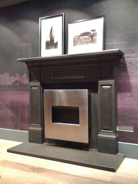 traditional surround and hearth with flueless gas fire