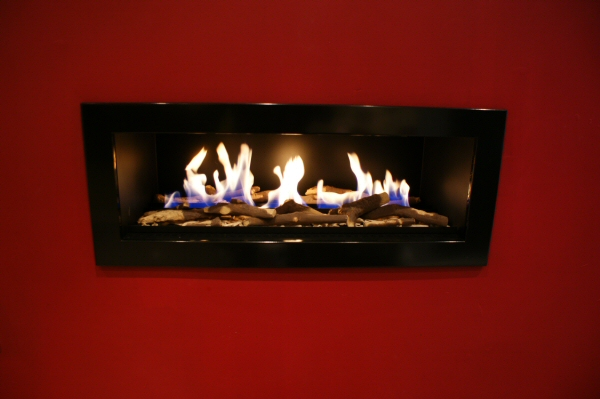 Fireplace withj Logs