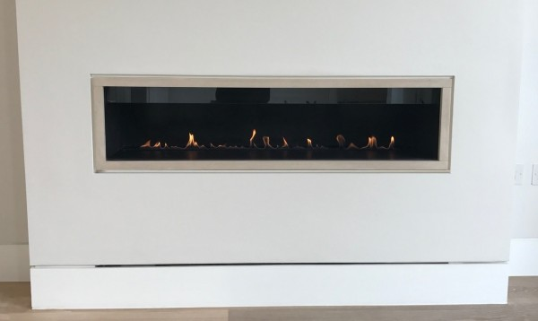 Stela 1200mm Ribbon Gas Fire