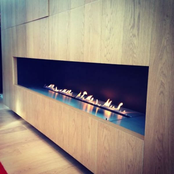 2.5m Wide Ribbon Fire – Henry Moore Court, Chelsea, London