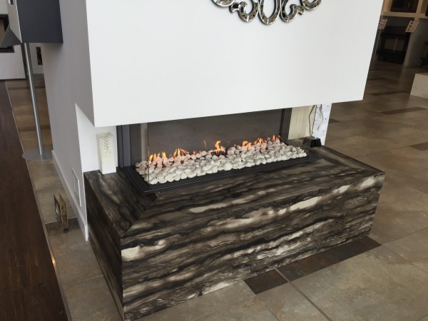 3 Sided Balanced Flue Gas Fire With Log Decor