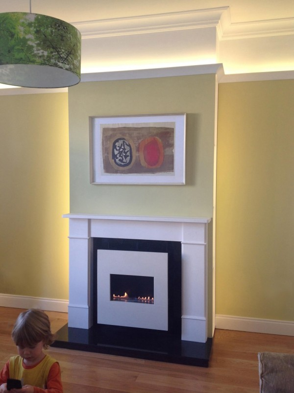 Small Flueless Gas Fire With Surorund