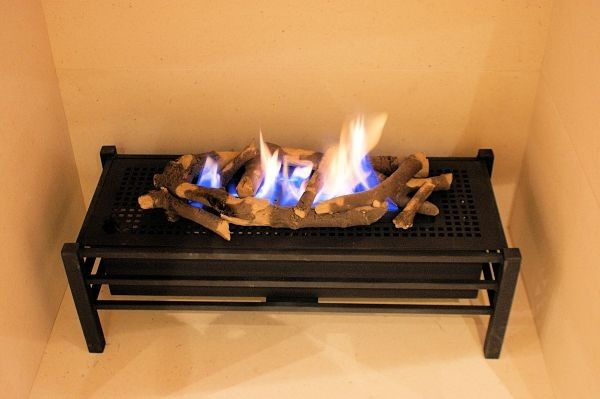 Madini Basket Gas Burner With Log Decor